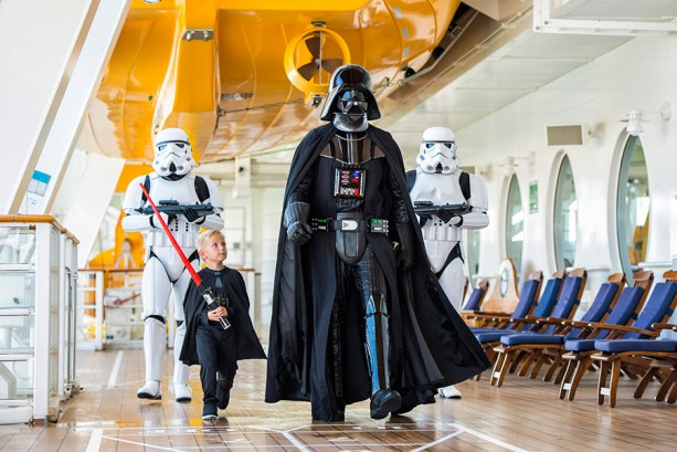 Grab your swimsuit & lightsaber, the Star Wars cruise is on it's way!